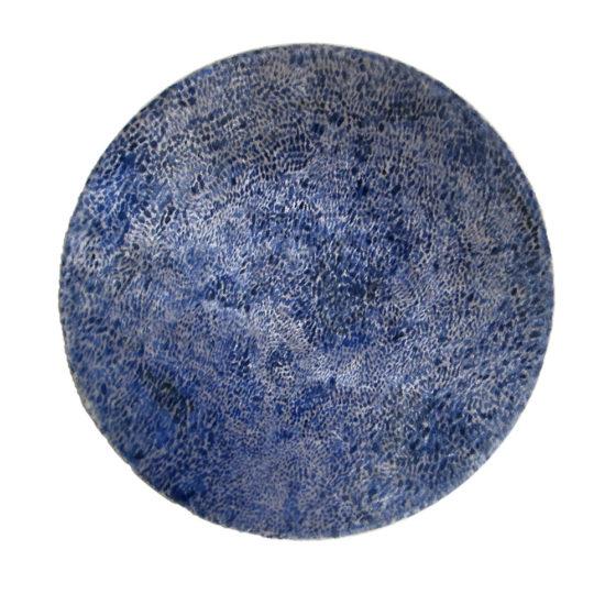 oefening in langzaamheid, Keramiek/fluweel/verf, diameter 22 cm.