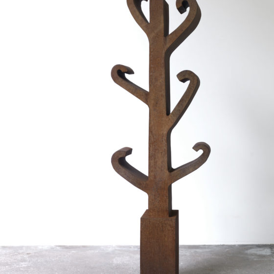 cortenstaal, CURLY, 140 cm h x 45 cm br x 24 cm d, 2011, oplage 2011