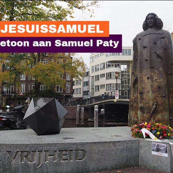 bloemen bij het Spinoza-momument in Amsterdam